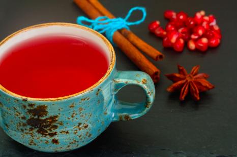 抗酸化に◎美容家が毎日飲むお茶&欠かさない食品3つとは?