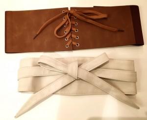 おすすめのベルトは、コルセットとサッシュの2種類