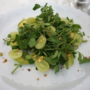クレソン×マスカット×ピスタチオ×アボカドのグリーンサラダ