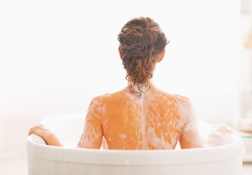お風呂で3分!身体を洗いながら背中をほぐす、美背中エクサ