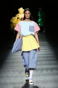 Asian Fashion Meets TOKYO(Philippines)では、色鮮やかなウエアが登場