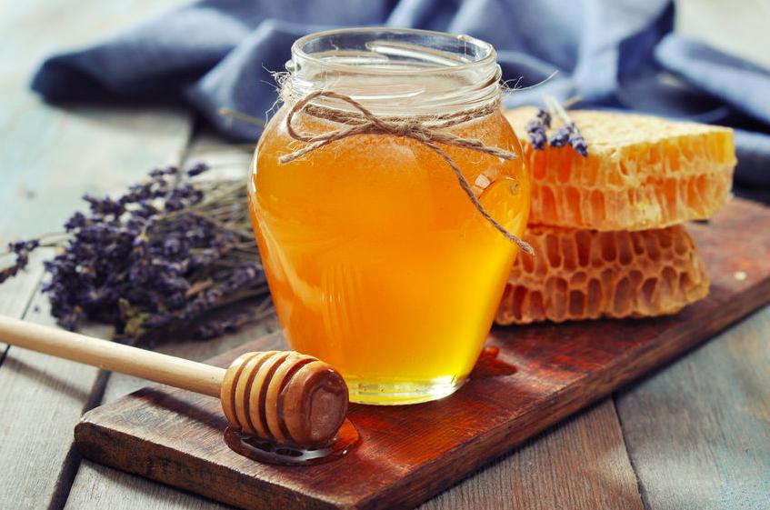 養蜂を見極めて!美容家が本当に食べている「ハチミツ」3選