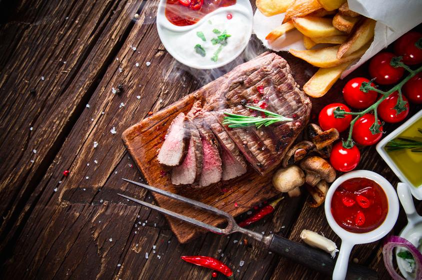 栄養士が教える!40代からの太りにくい肉の選び方