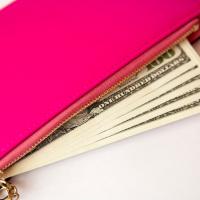 ミニ財布でも金運UP!お金持ちが実践する「財布の選び方」