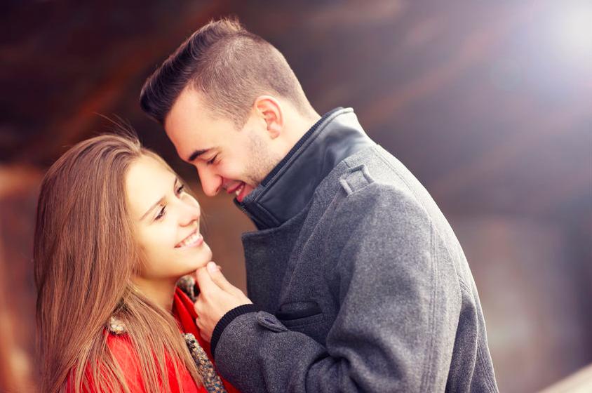 愛が深まる!2月の「恋愛運が好調な星座」ベスト3
