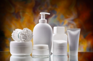 顔の乾燥肌対策に適した化粧品の選び方、スキンケア