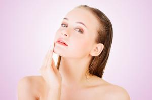 乾燥肌になりやすい人には、肌質にも特徴があるのでしょうか?