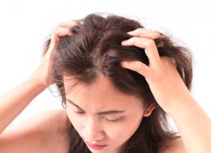 女性の薄毛の原因と対処法を部位別にチェック