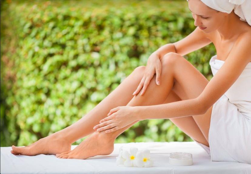 皮膚科医が教える!ひざの黒ずみの原因と綺麗な脚を保つ方法