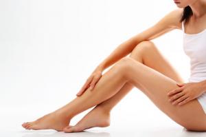ひざの黒ずみの症状とタイプ、対策ケアとは