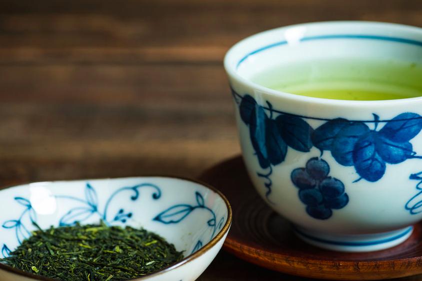 緑茶効果を再発見!お茶を飲んで美しく健康になるには?