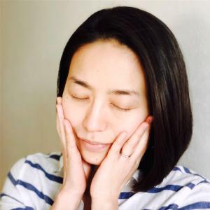 「肌に自信が持てる使い心地。1年中手放せない!」- ヘアメイクアップアーティスト 上野リサさん