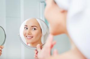 皮膚の最も外側にある角質層がうるおってなめらかに整っている状態
