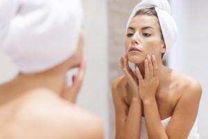 生理前期(22〜28日目)の肌の変化&スキンケア方法