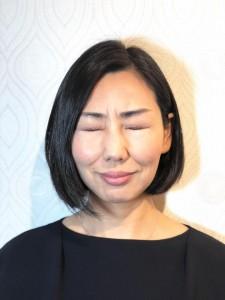 ゴルゴ線をリセットする顔ヨガ3つ 目のまわりのたるみを上げる「デカ目プッシュ」