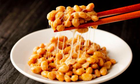 「夜納豆」でダイエット!糖質制限もできる納豆レシピ4つ