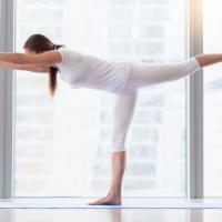 体幹トレで痩せやすい身体に!代謝UPの「寝たままエクサ」