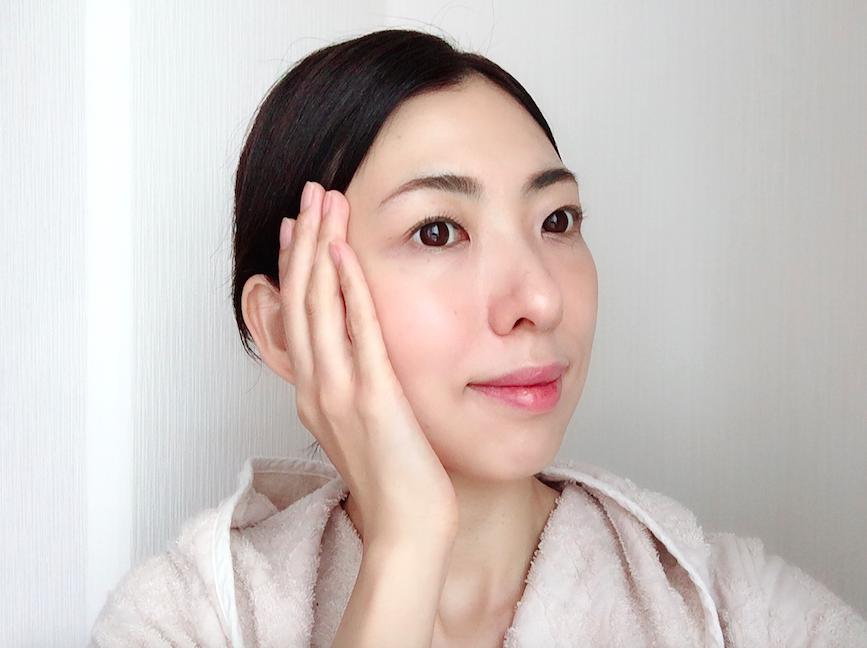 肌悩みが増えるアラフォー女性にとって、美容にたっぷりと時間をかけることは、切望しながらも実際は難しいもの。家族や友人の助けなくしては、自分のための時間を確保することさえ難しい、と感じる方も多いのでは?