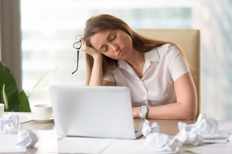 春の疲労は◯◯不足が原因?医師が教える「新生活疲労」対策