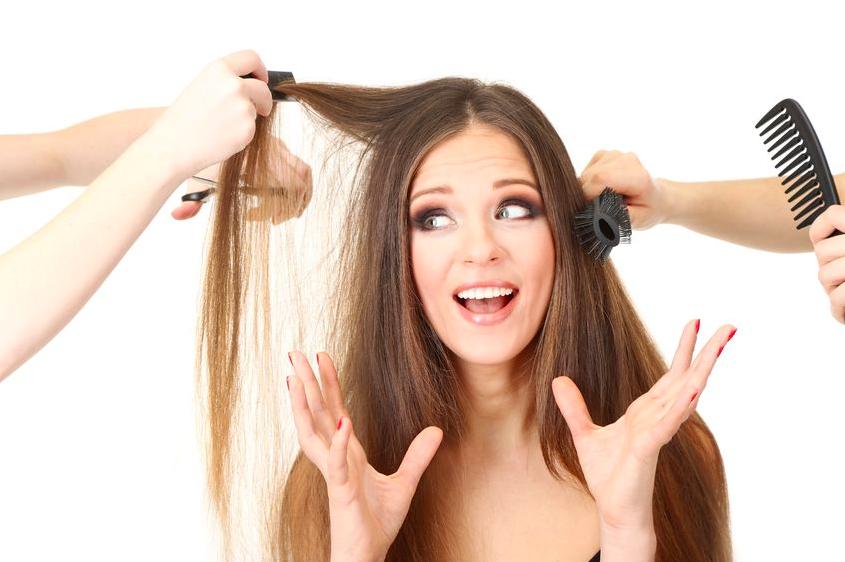 美容師が教える「パックリ前髪」になりがちなNG習慣3つ