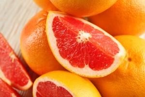 紫外線ダメージを受けやすくなる野菜・果物は夜に摂る