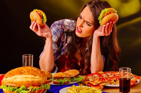 ご飯+◯◯で疲労がたまる!?「疲れない食べ方」2ヶ条