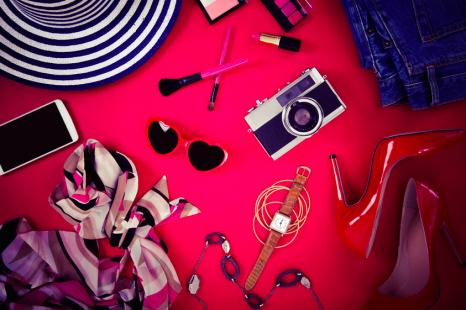夏の運気アップに◎!12星座別「開運ファッション小物」