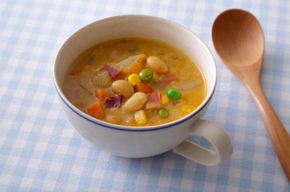 蒸し大豆のミルクカレースープ