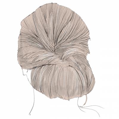 """最後に、お団子にした部分をほぐしていきます。(2)のほぐし方と同じように、細かく毛束を引き出してあげるのがポイントです。大人の""""こなれた感""""が出せますよ"""