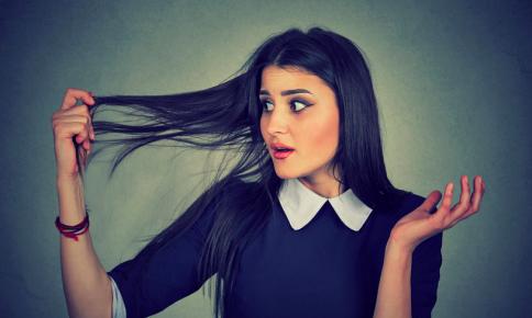 気になる薄毛をカバー!美容師が教える「産後の抜け毛対策」