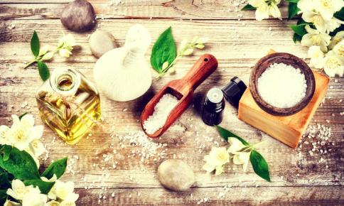夏疲れに◎臭い対策もできる「クエン酸バスソルト」のレシピ