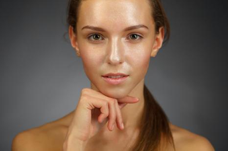 肌の透明感をとり戻す!タイプ別・秋の「くすみ対策」美容法