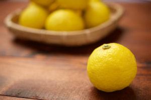 朝の目覚めをサポート!お味噌汁にチョイ足し食材3つ (2)柚子
