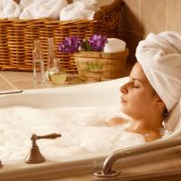 長風呂で寝付きが悪くなる?疲労回復&快眠できる入浴法