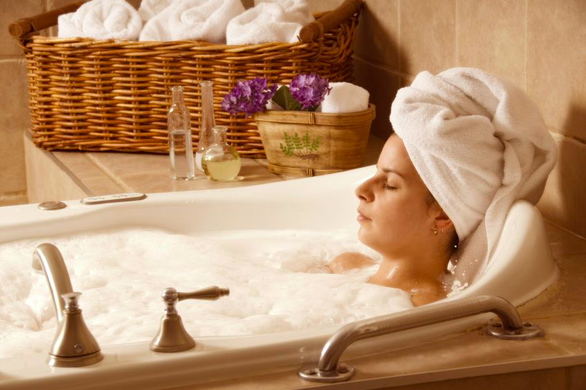 お風呂で美肌に。「代謝をあげるお風呂の入り方」2つ