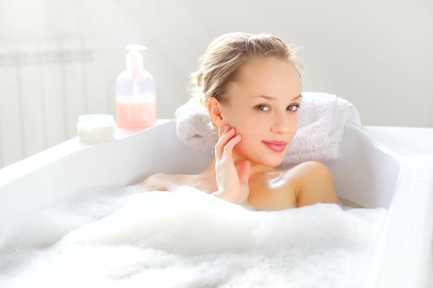 秋の代謝アップに◎プロ愛用の「美肌入浴剤」3選