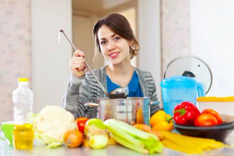 糖質オフに◎冬太りしない「ベジヌードル」の温活レシピ