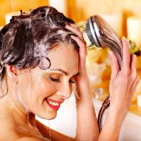 広がる髪もまとまる!美容師直伝「つや髪になれるヘアケア」