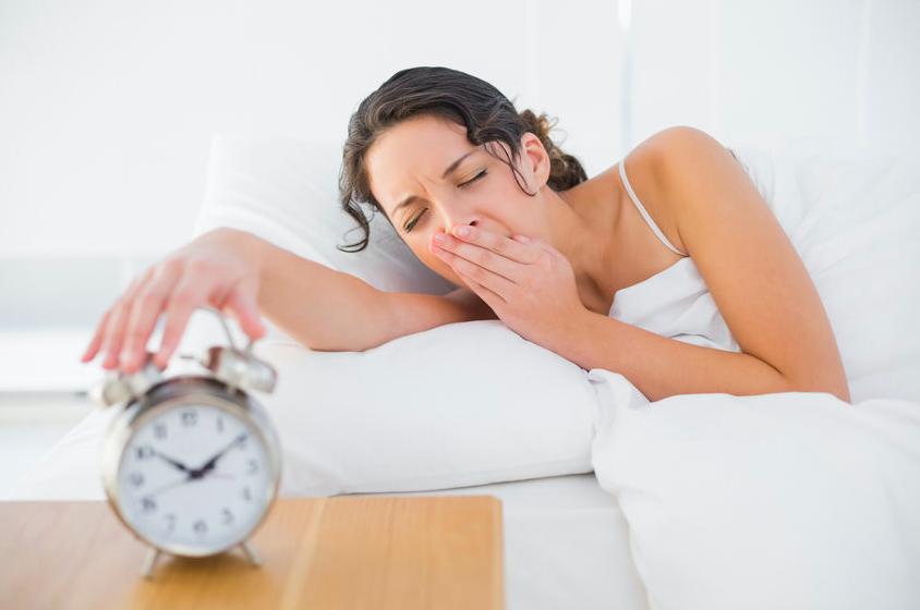 """""""5分間の寝坊""""で代謝UP!?痩せ体質をつくる「朝習慣」"""