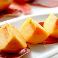 高い抗酸化力で美肌に役立つ!柿の栄養を効率的に摂る食べ方