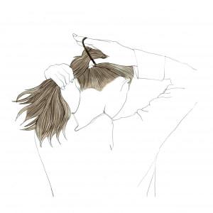 髪の毛を1つ結びにします。高さは、低めの位置にしましょう。「耳下あたり」で結ぶことがポイントです