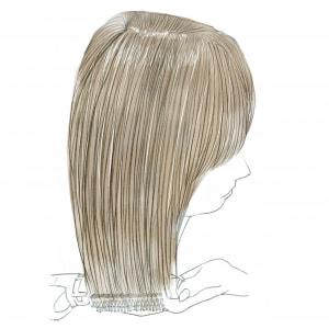 仕上げに毛先部分だけを内巻きにとかしてあげると、自然な内巻きになります