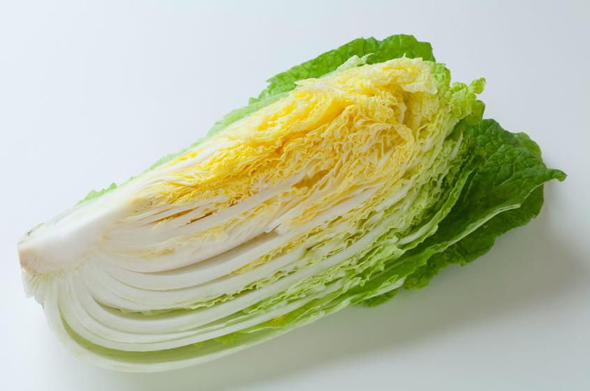 たくさん食べても低カロリー!「ハクサイの無限サラダ」