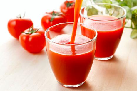 飲む日焼け止め!?「トマトジュース」の活用レシピ2選
