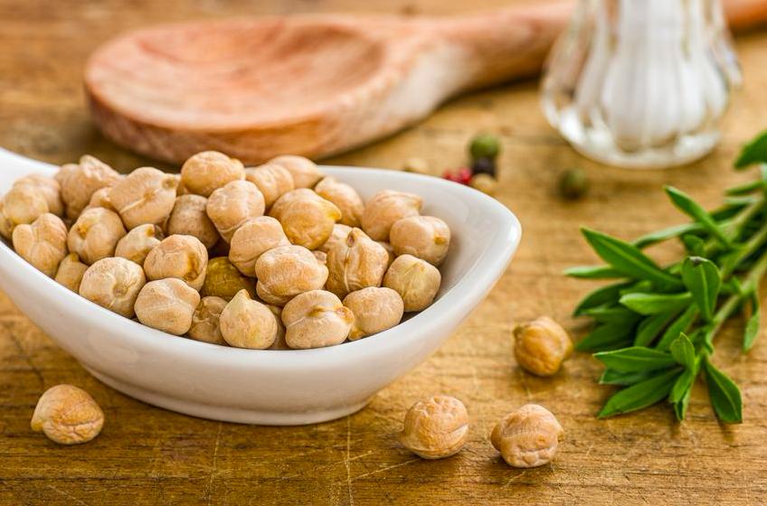むくみ予防・腸活に◎「ひよこ豆」の作り置きレシピ