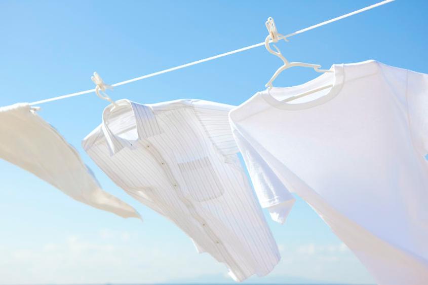 真っ白をキープ!「白い服」の効果的なお手入れ法