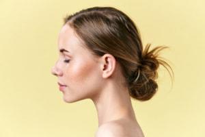 脂性肌やニキビ肌は、美容オイルに不向き