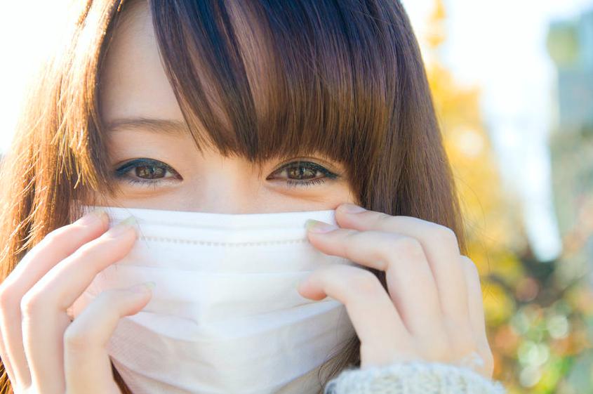 花粉の時期に!「マスクをした時のメイク術」5つ