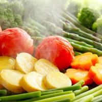 梅雨バテは食べて改善!不調に負けない身体に導く「旬野菜」