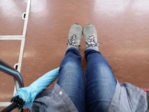 梅雨の季節におすすめ!雨が降ったら電車で「内ももエクササイズ」